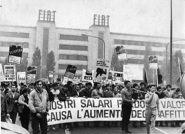OuvriersFiat1969